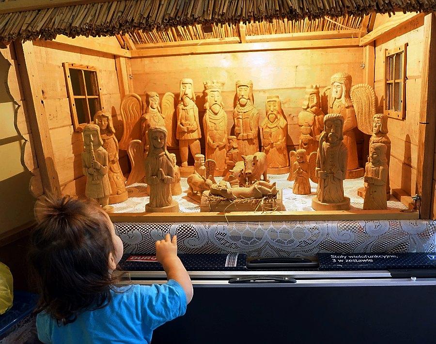 grafy w podróży podróże turystyka wakacje rzeźba ludowa artysta reportaż