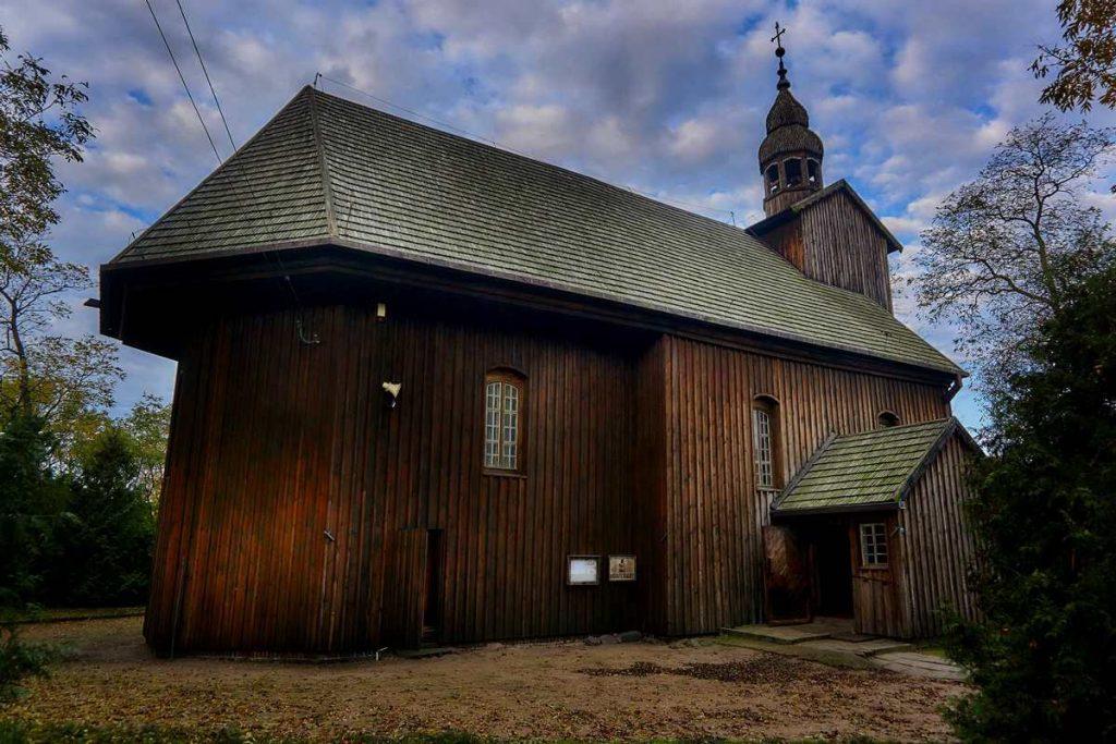 drewniany kościół w Słopanowie