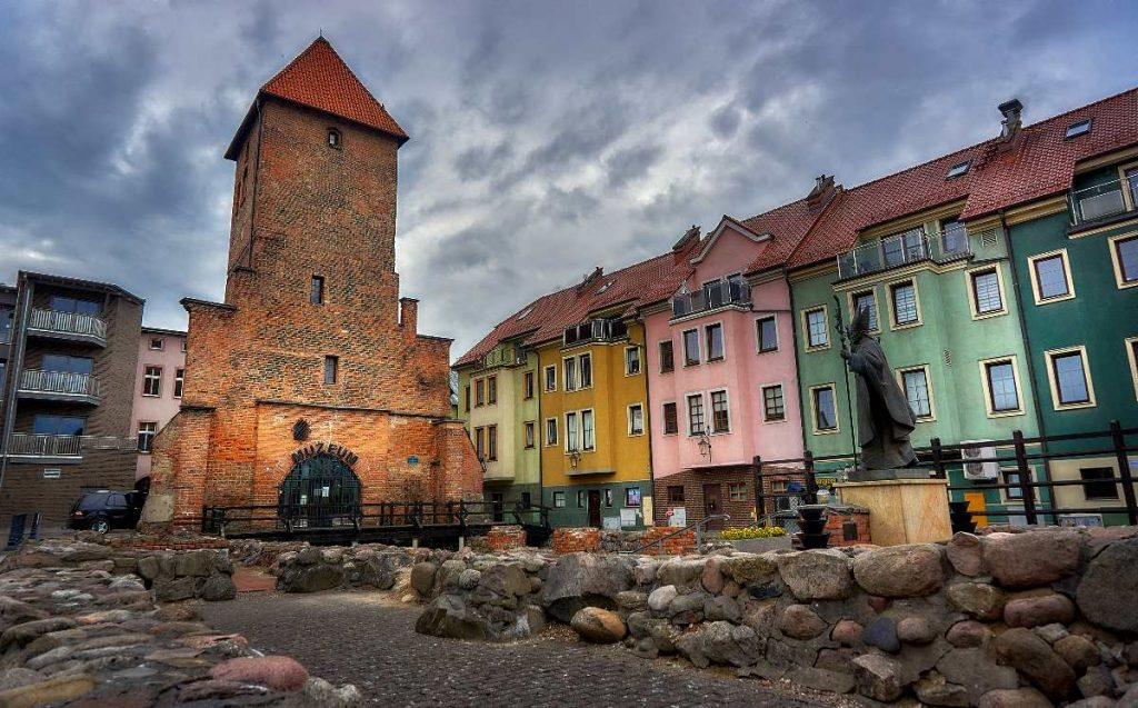 gotycka wieza w bytowie