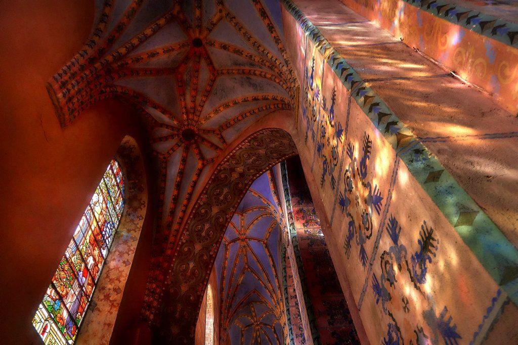 gotycki kościół w Lwóku